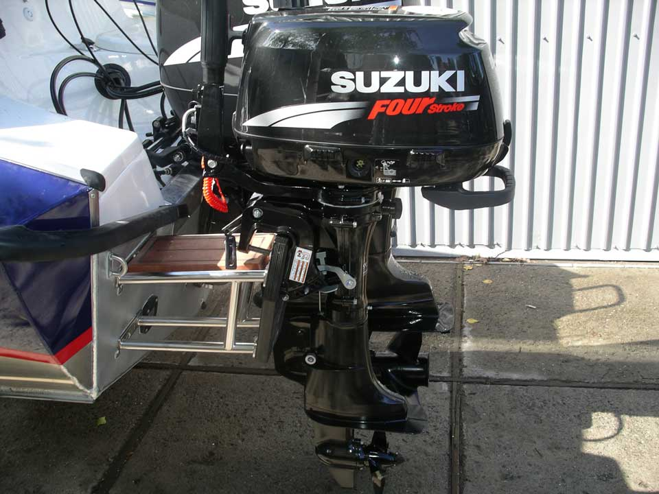 троллинговый мотор для катера установка