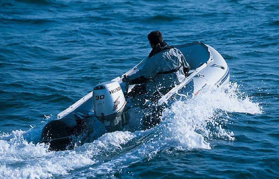 лодки с моторами фото