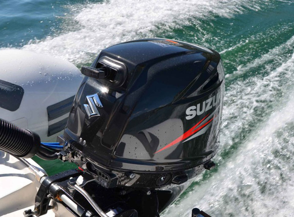 лодочный мотор сузуки 140 расход топлива