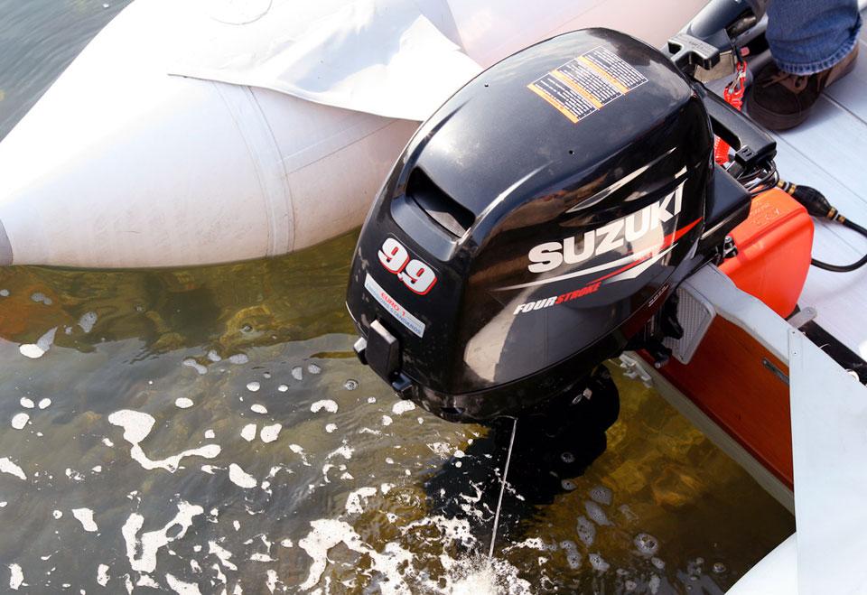 Соединение двигателя Suzuki ® для вывода сообщений NMEA 2000® Messages