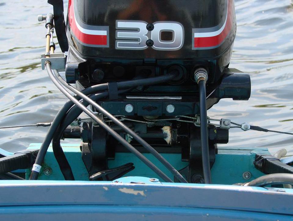Дистанция на лодочный мотор своими руками