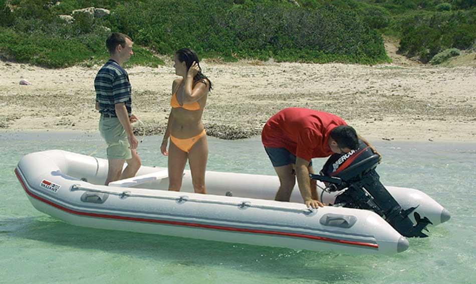 сколько стоит содержание лодки